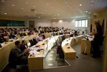 Participants en séance à l'Agora le 18 novembre